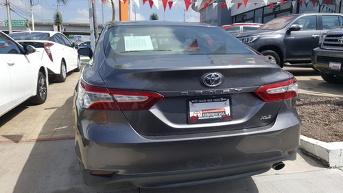 toyota camry 2.5 xle at