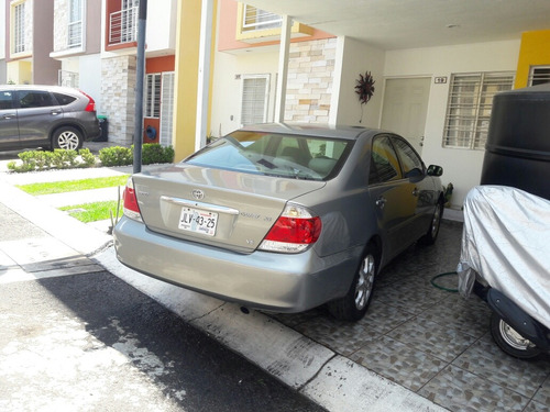 toyota camry 2.5 xle l4 aa ee qc piel at 2006