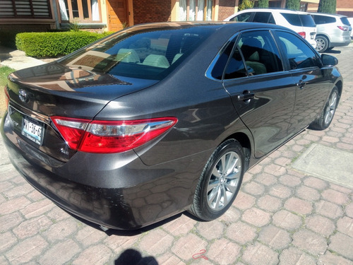 toyota camry 3.5 xle v6 at 2015