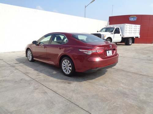 toyota camry le 2018 rojo