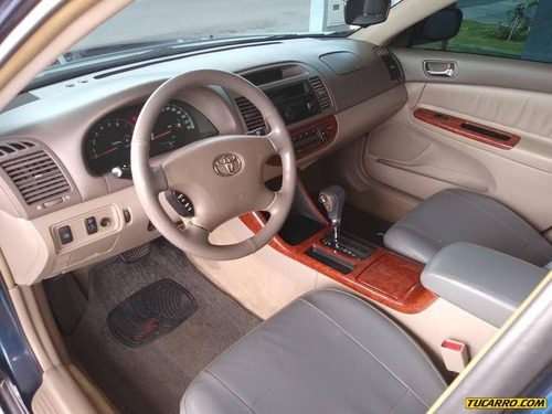 toyota camry lumiere 2.4