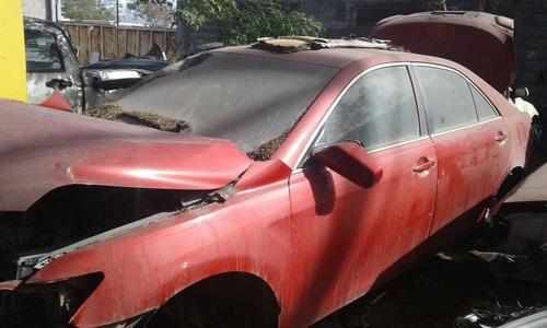 toyota camry rojo 2011 y cola 2005 bco yonkes