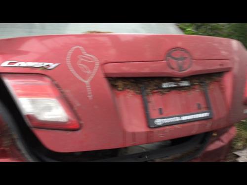 toyota camry rojo 2011 y cola 2005 bco yonques refacciones d
