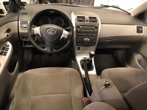 toyota corola chocado volcado en marcha airbag sanos