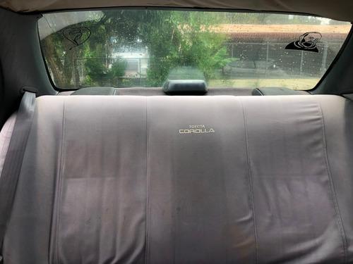 toyota corolla 1995, sedán, 4 puertas