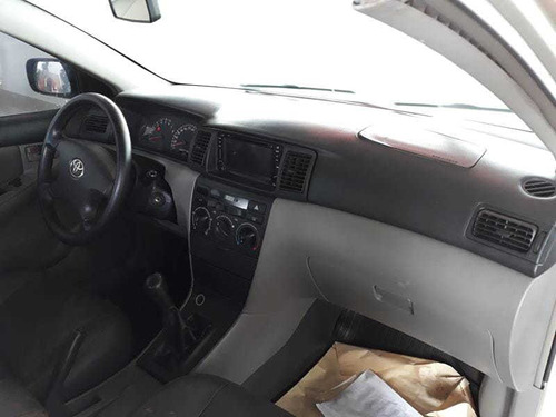 toyota corolla sedan xei 1.8 16v  2004
