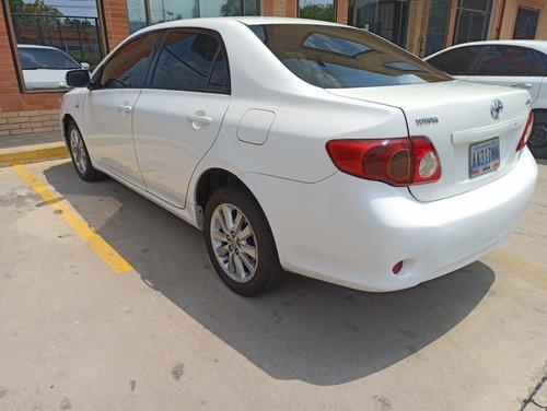 toyota corolla xei motor 1.8 blanco 2011 4 puertas