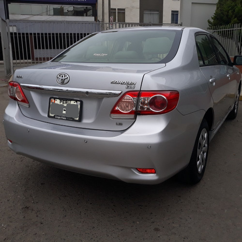 toyota corolla xli automático 2010 gris plata