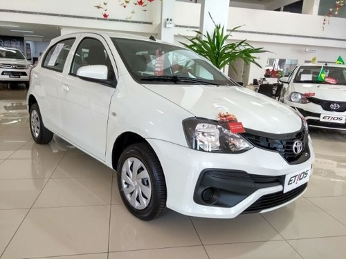 toyota etios 1.3 16v x 5p hatch completo manual 0km2019