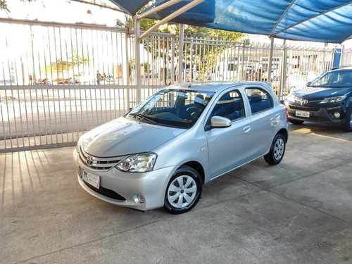 toyota etios 1.3 hbx 16v flex 4p manual 2015