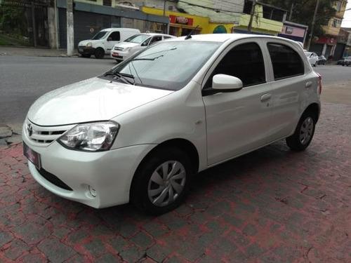 toyota etios 1.3  x 5p 2017 vilage automoveis