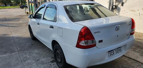toyota etios 1.5 sedan x 2016