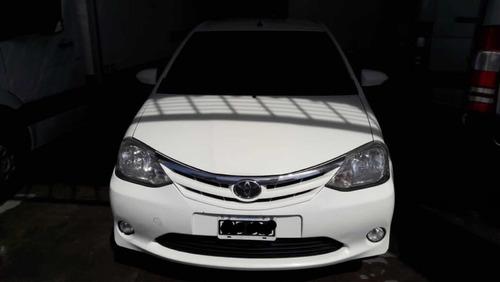 toyota etios 1.5 sedan xls 2015