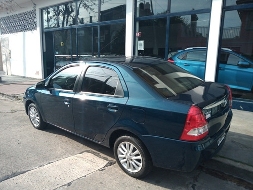toyota etios 1.5 sedan xls 2015 ilarioautos