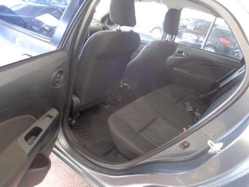 toyota etios 1.5 sedan xls 46651764