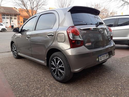 toyota etios 1.5 sedan xls at 5p 2019
