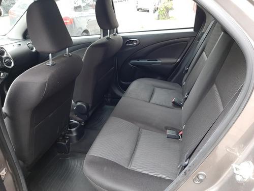 toyota etios 1.5 sedan xs l18 2018