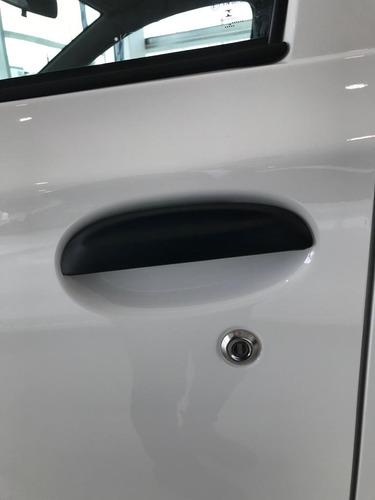 toyota etios 1.5 x 6m 5 puertas
