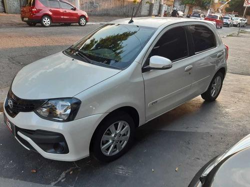 toyota etios 1.5 x plus 16v aut. 4p 2019