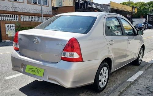 toyota etios 1.5 x sedan 16v 2018 completo