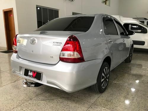 toyota etios 1.5 x sedan automatico