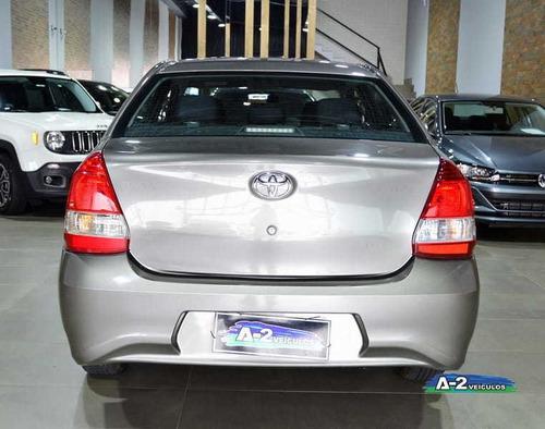 toyota etios 1.5 xs sedan 16v aut