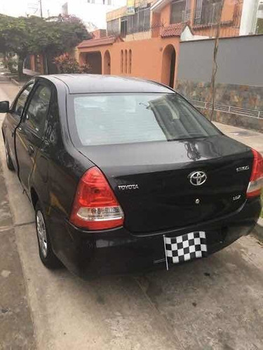 toyota etios full 1.5 sedan
