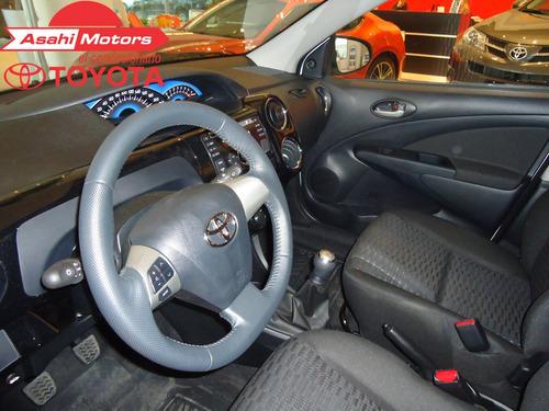 toyota etios hatchback 5p x 1.5