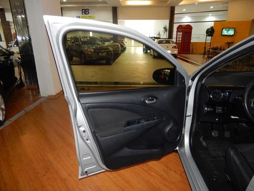 toyota etios sedan 1.5 platinum 16v flex completo c/ couro
