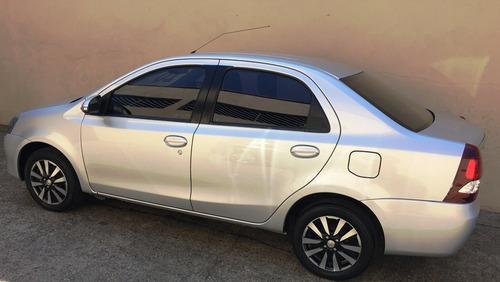 toyota etios sedan 1.5 platinum 2016