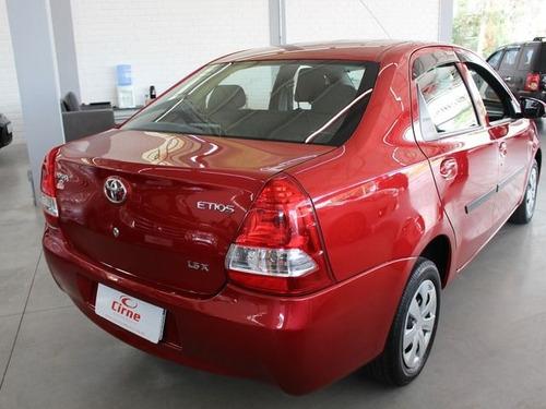 toyota etios sedan x 1.5 16v flex, iyt3488