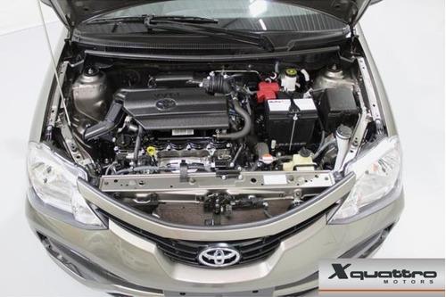 toyota etios sedan  x 1.5 (flex) (aut) flex automático
