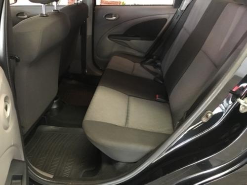 toyota etios sedan xls 1.5 preto 2013