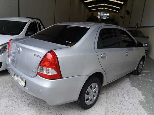 toyota etios sedan xs mecanico 2016