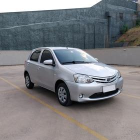 Toyota Etios X 1.3 16v 2013/2014