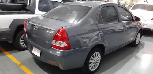 toyota etios2015 1.5 sedan xls taraborelli