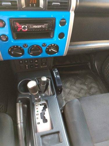 toyota fj cruiser 3p premium  4x4  2009