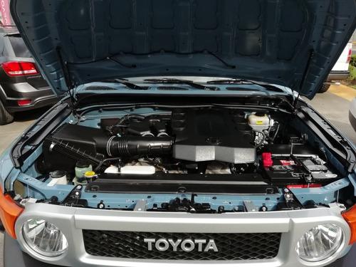 toyota fj cruiser 4.0 3p premium v6/ at 2014