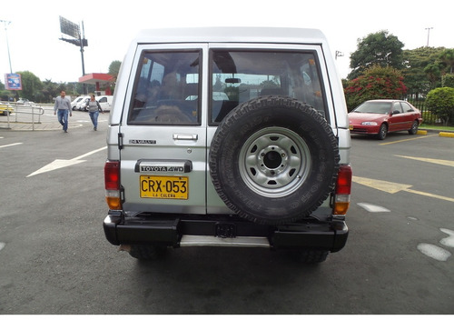 toyota fj cruiser 4.5 care sapo