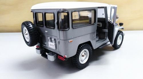toyota fj40 escala 1/24. 18cms  gris  motormaxx metalico