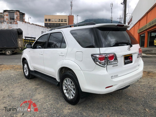toyota fortuner 2.7 at 2015
