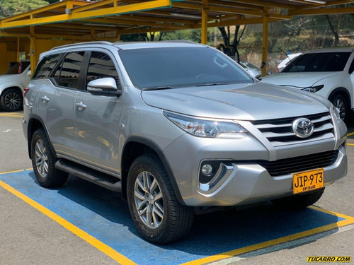 toyota fortuner 2.7 sw4 at 4x2