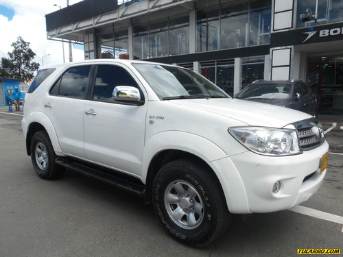 toyota fortuner 2.7l at 2700cc 4x4