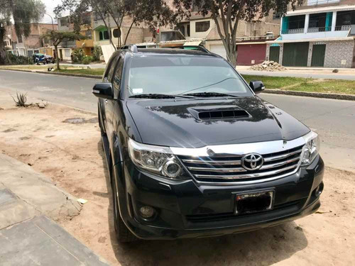 toyota fortuner 3.0 turbo 4x4 2011