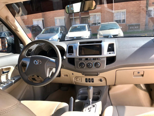 toyota fortuner 4x2 gasolina at