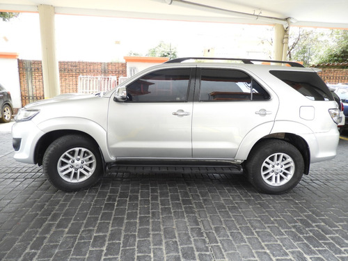 toyota fortuner 4x4 at 7p