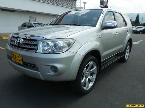 toyota fortuner at 2700cc  4x2
