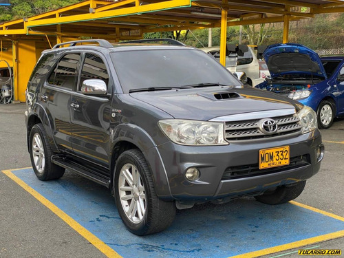 toyota fortuner at 3000 td 4x4