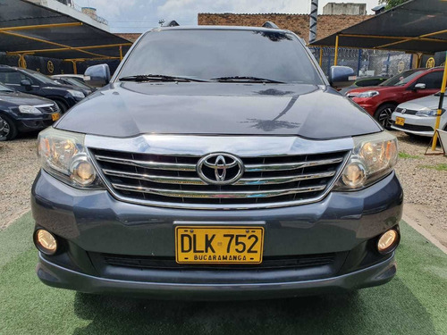 toyota fortuner at 4x2 2012