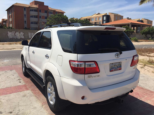 toyota fortuner automática 4x4